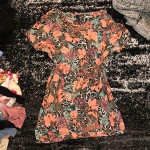Thin knit tropical dress